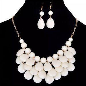 White beaded necklace set